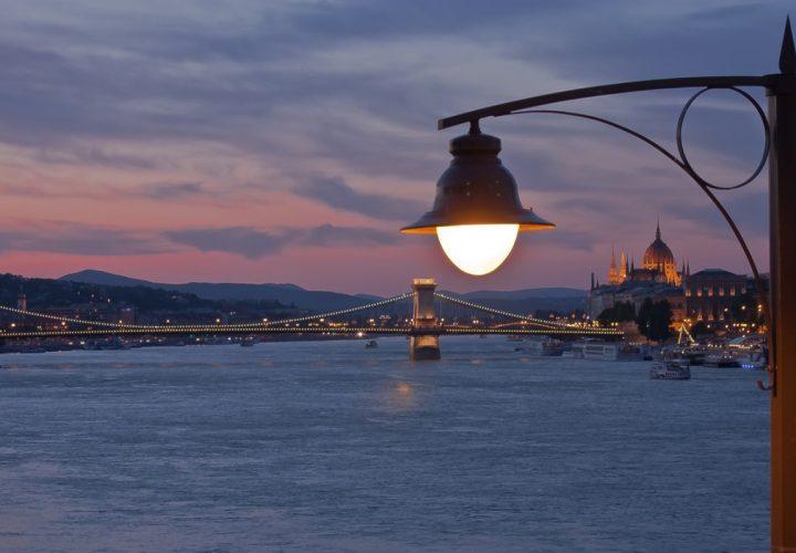 Flusskreuzfahrt: Reisen auf der Donau